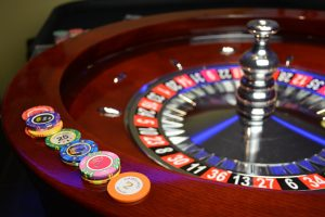 Play casino games online while real casino's are closed