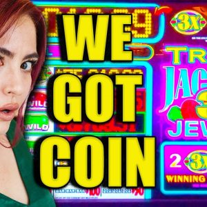 2 HANDPAY JACKPOTS on this BIZARRE OLD SCHOOL SLOT MACHINE $90/SPINS