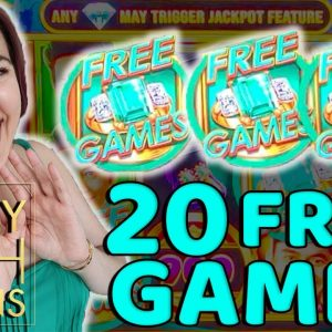 BIG WIN on CRAZY RICH ASIANS Slot Machine in Las Vegas!