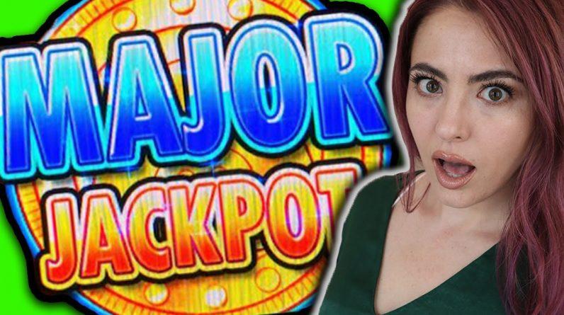 MASSIVE MAJOR JACKPOT on Huff n Puff in Las Vegas! One GOLD HAT!