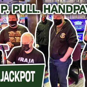 🧨 Group. Pull. HANDPAY! 🏖 100 Spins to Win at Hard Rock Hollywood