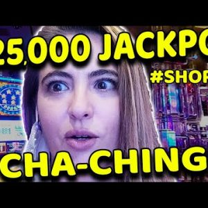 OMG I WON a $25,000 JACKPOT on a SLOT MACHINE in LAS VEGAS! #shorts