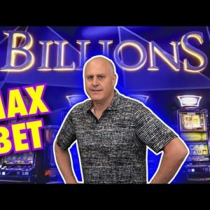 💲💲💲 Billions - Mighty Cash Triple Up Doubles Up on Jackpots 💲💲💲 Max Bet High Limit Slot Action